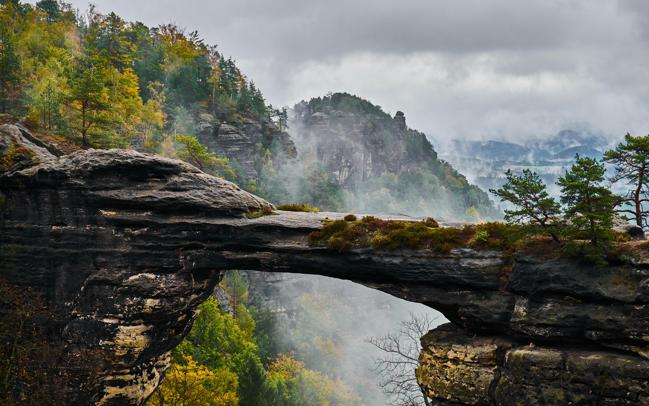 AWAYN IMAGE Discover the Bohemian Switzerland