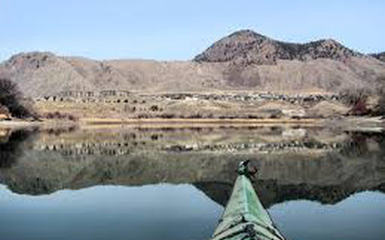 AWAYN IMAGE Kamloops Lake