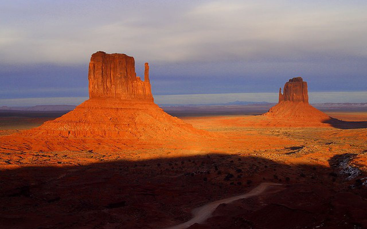 AWAYN IMAGE Monument Valley Navajo Tribal Park