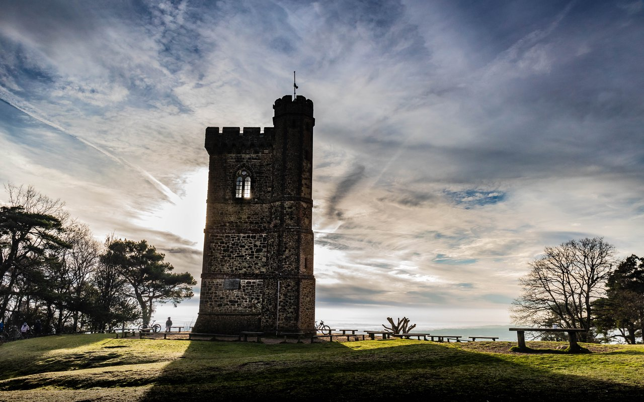 AWAYN IMAGE Leith Hill Tower