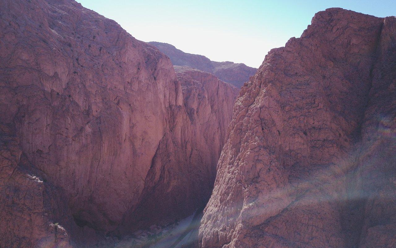 AWAYN IMAGE Explore the Todra gorge