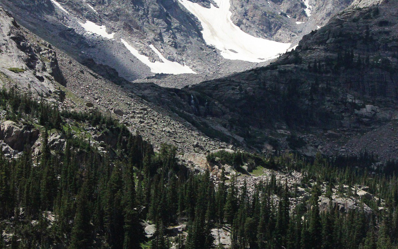 AWAYN IMAGE Gem Lake Trail