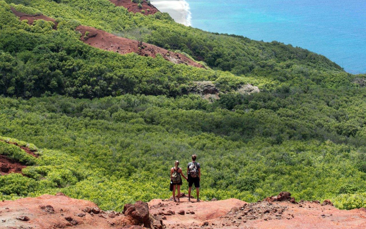 AWAYN IMAGE Napali Coast Hike