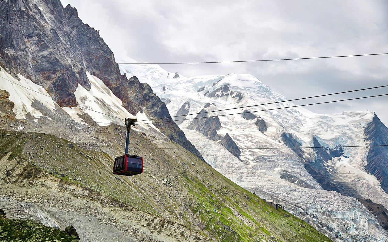 AWAYN IMAGE Aiguille du Midi