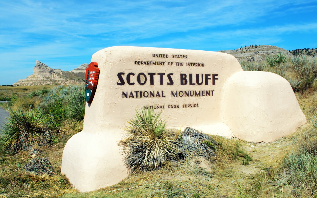 AWAYN IMAGE Scotts Bluff National Monument