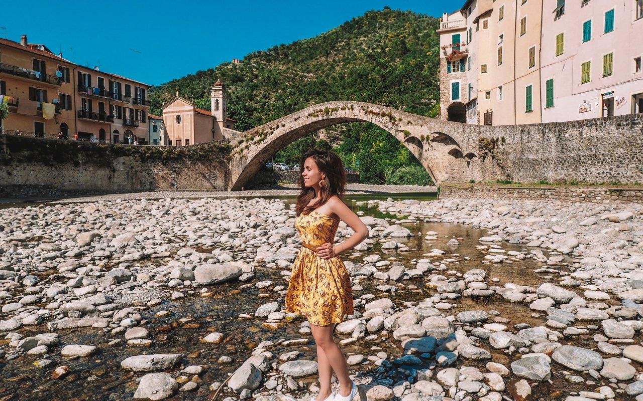 AWAYN IMAGE Visit the real Dolceacqua, Bridge