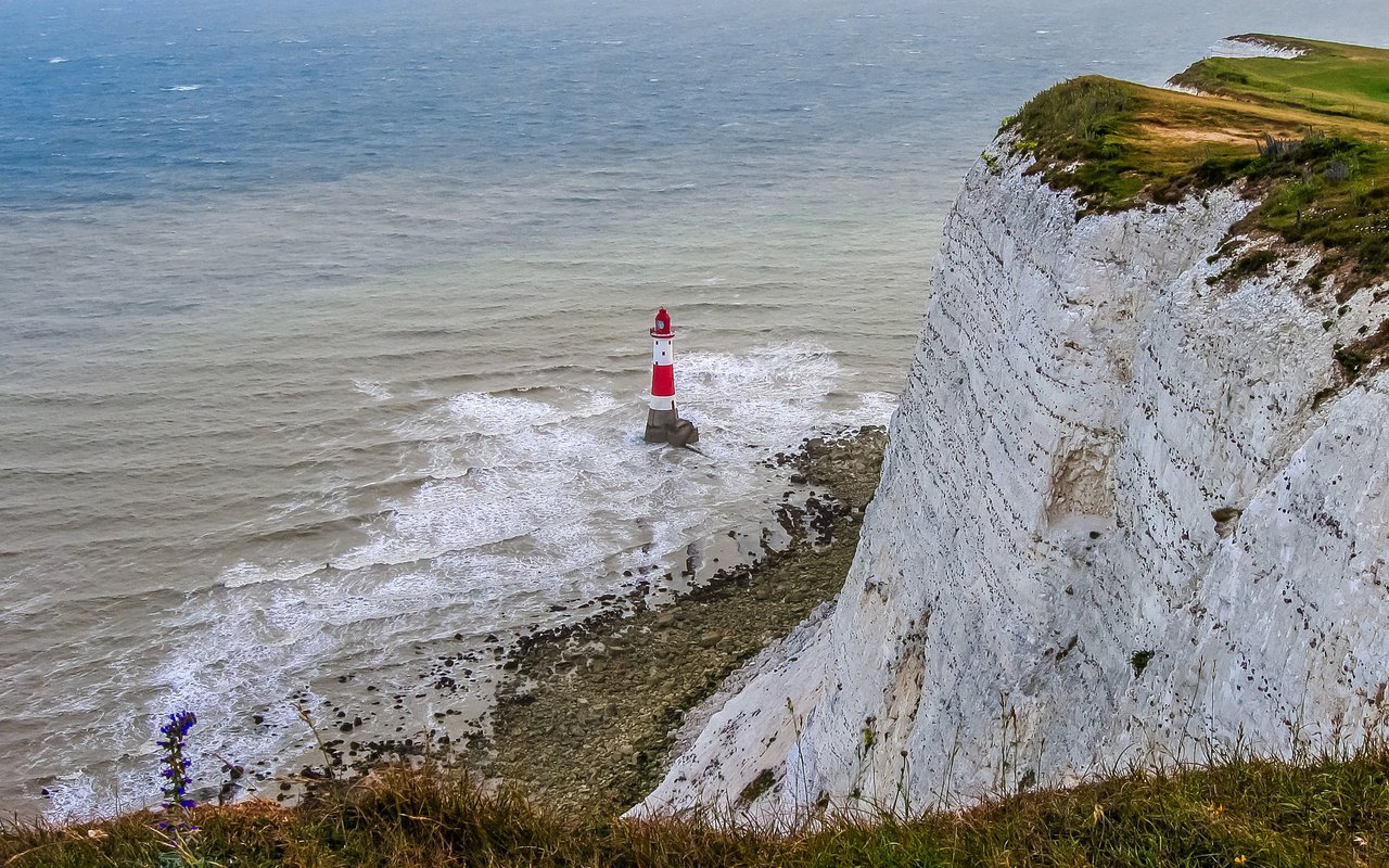 AWAYN IMAGE Hike to Beachy Head