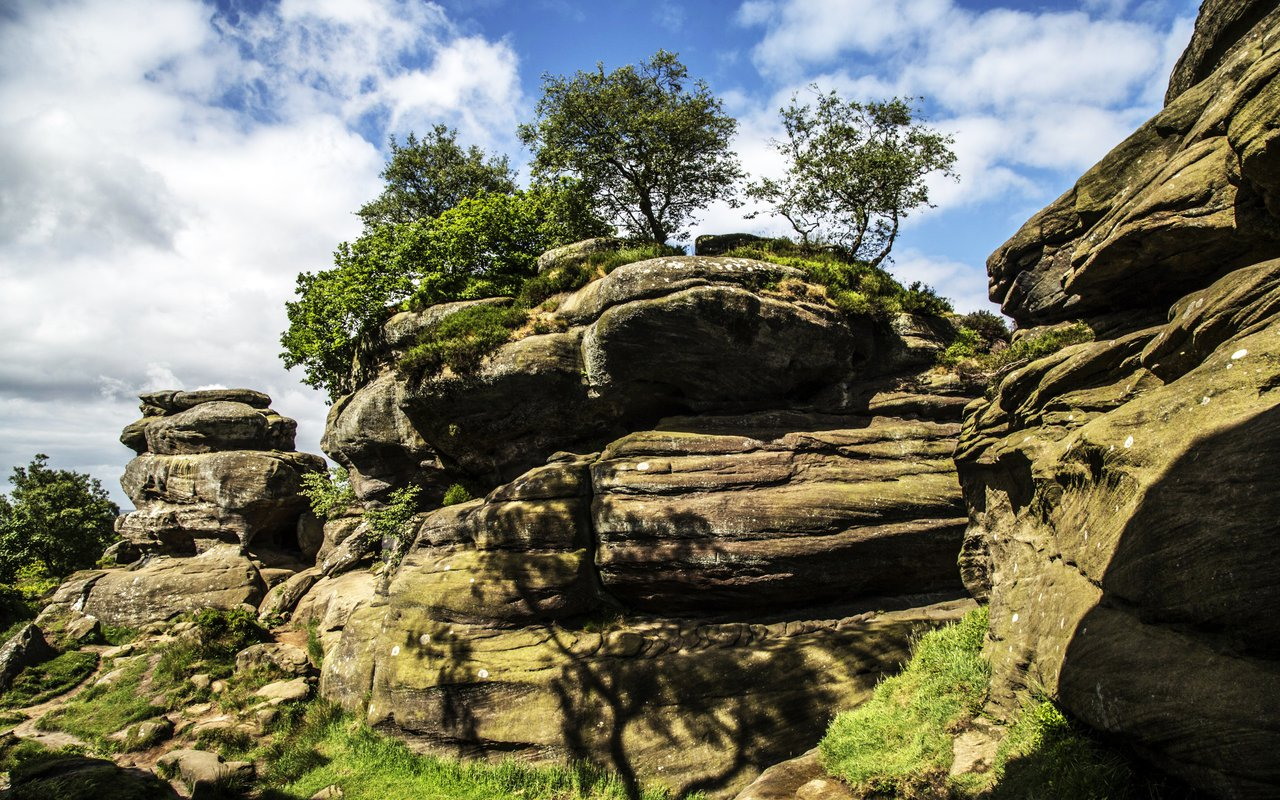 AWAYN IMAGE Hike to Brimham Rocks