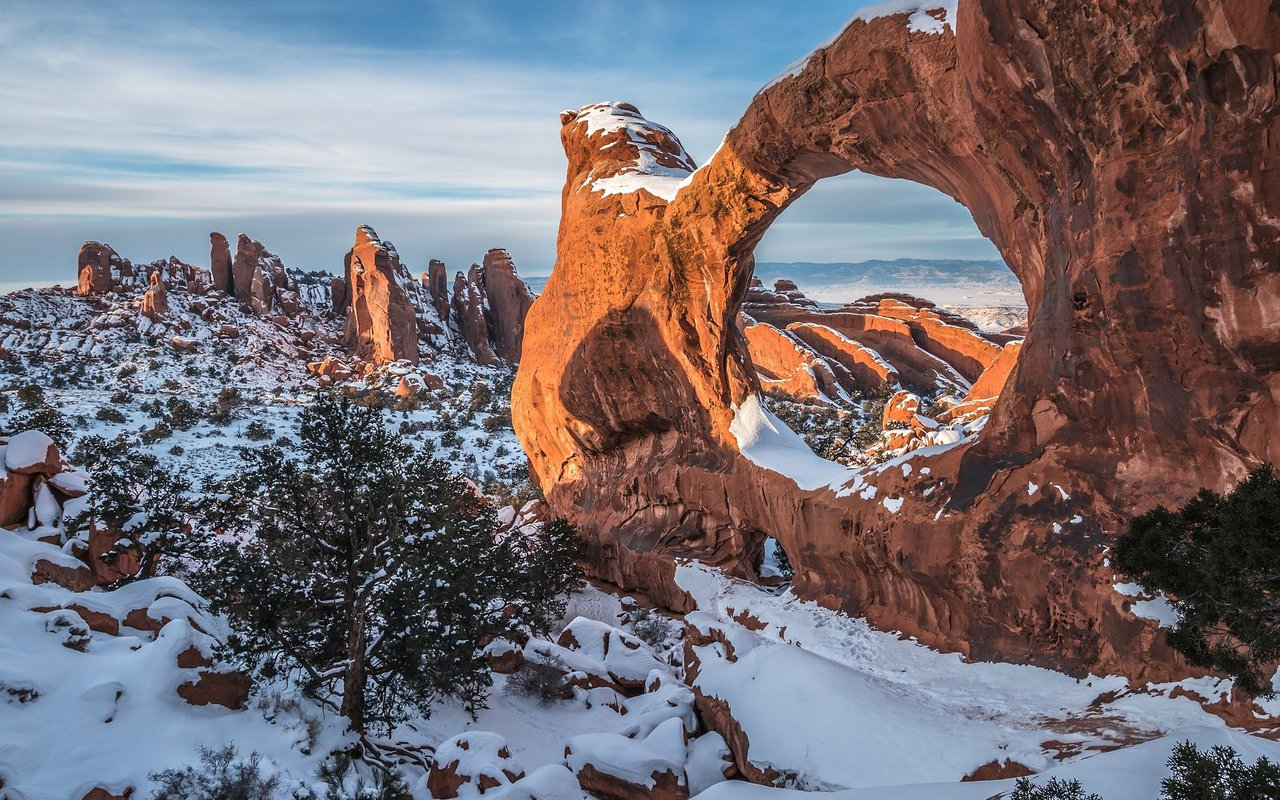 AWAYN IMAGE Arches National Park