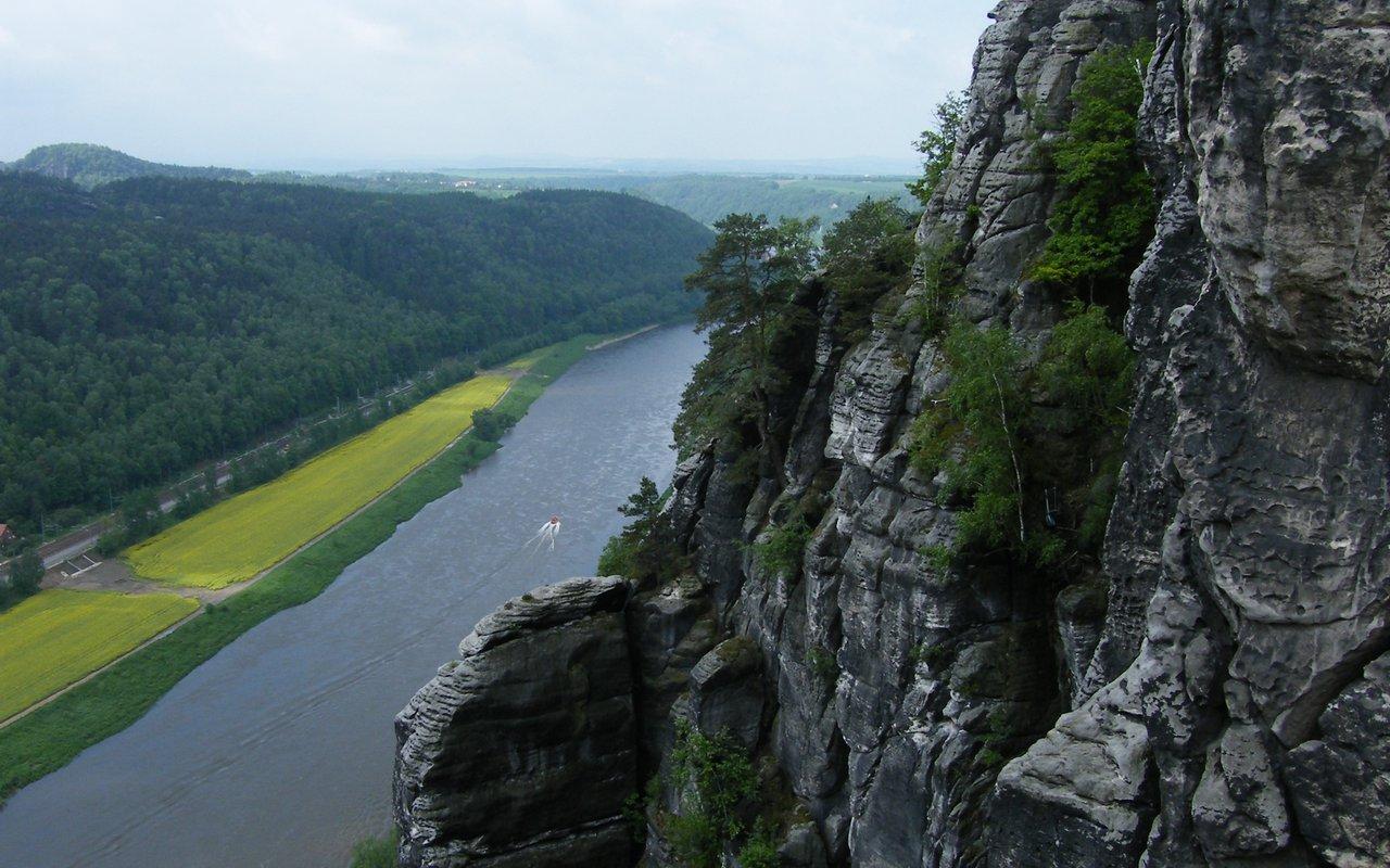 AWAYN IMAGE Hike in Malerweg Route trail