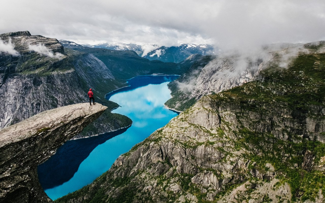 AWAYN IMAGE Hike to Trolltunga, Norway