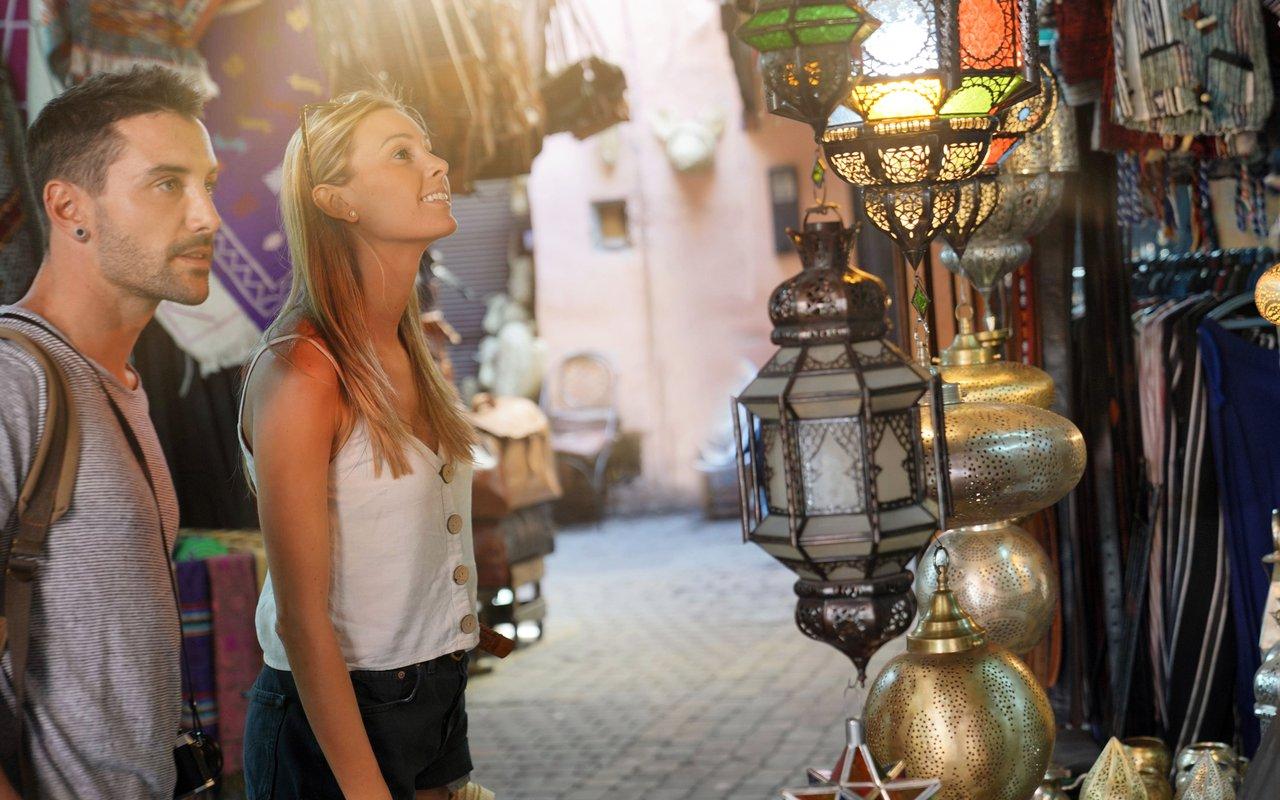 AWAYN IMAGE Stroll around Jemaa el-Fnaa market