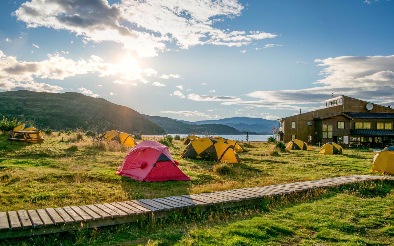 AWAYN IMAGE Camp and Hike at Lake Pehoe