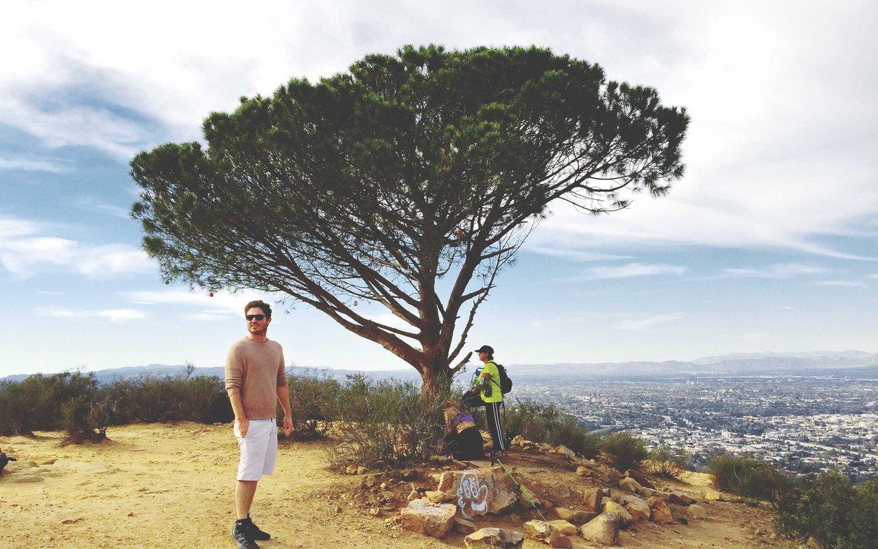 AWAYN IMAGE Cahuenga Peak Hike