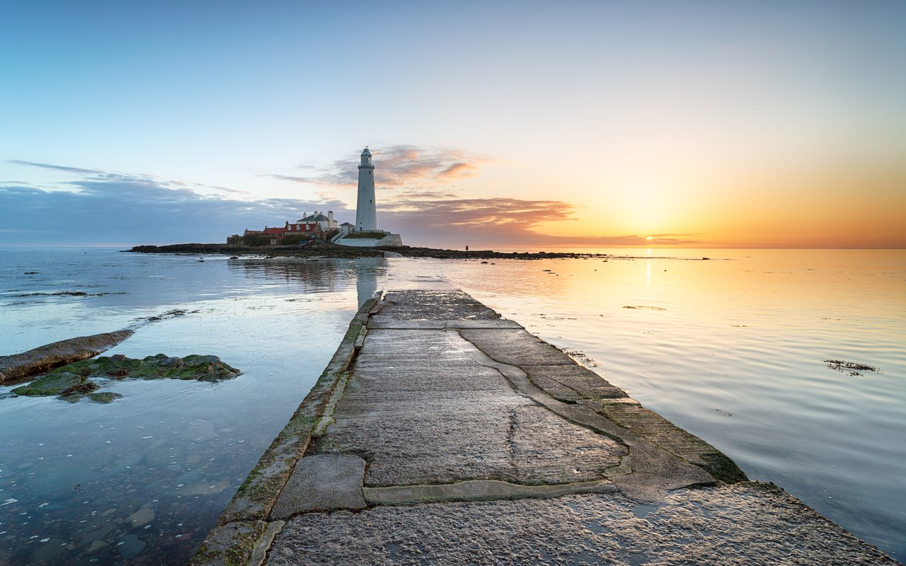 AWAYN IMAGE St. Mary's Lighthouse
