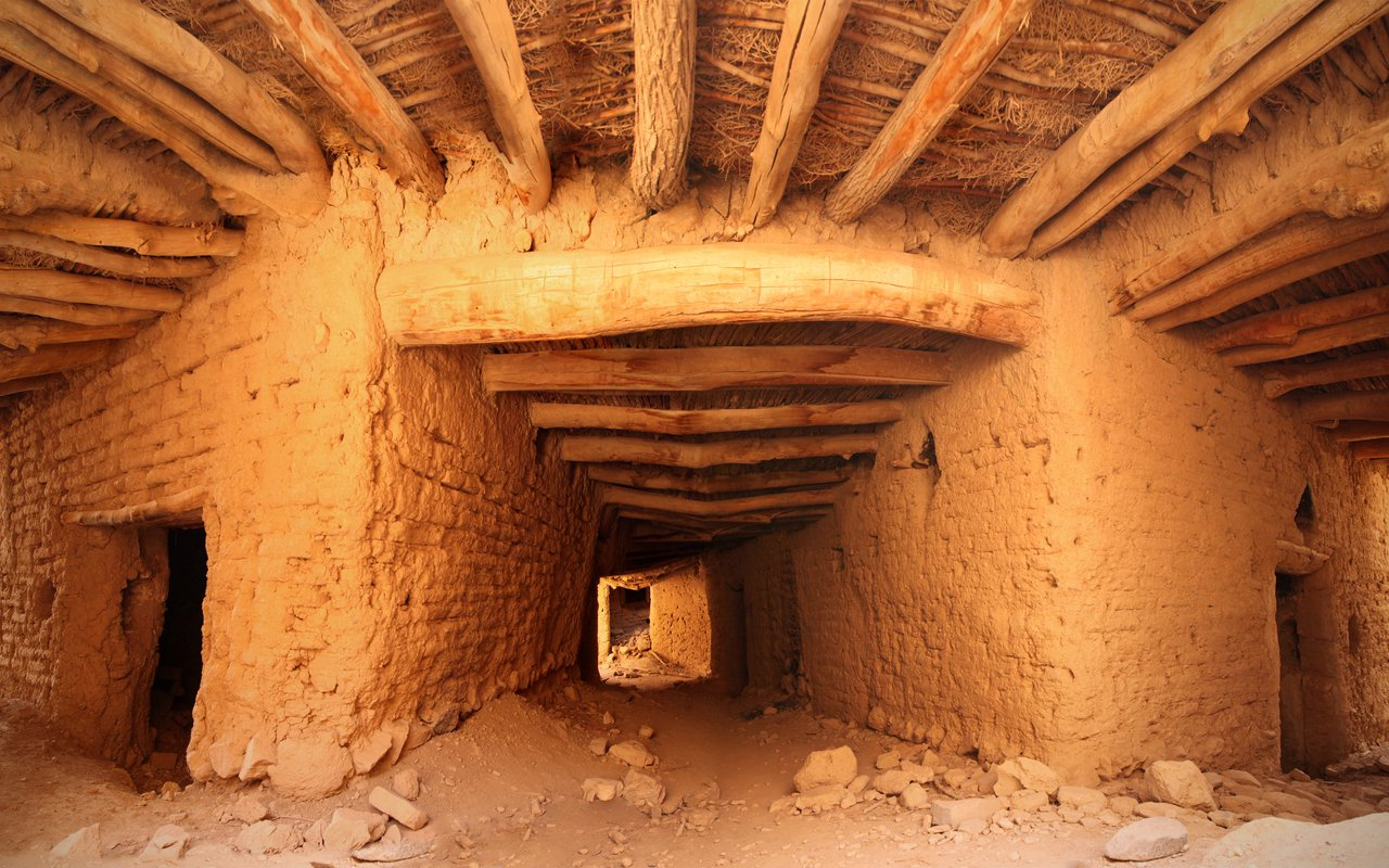 AWAYN IMAGE Kharanaq abandoned village