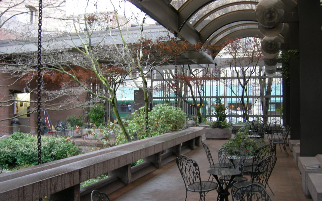 AWAYN IMAGE Urban UPS Waterfall Garden Park