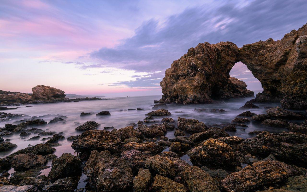AWAYN IMAGE Catch the Golden Hour at Little Corona del Mar