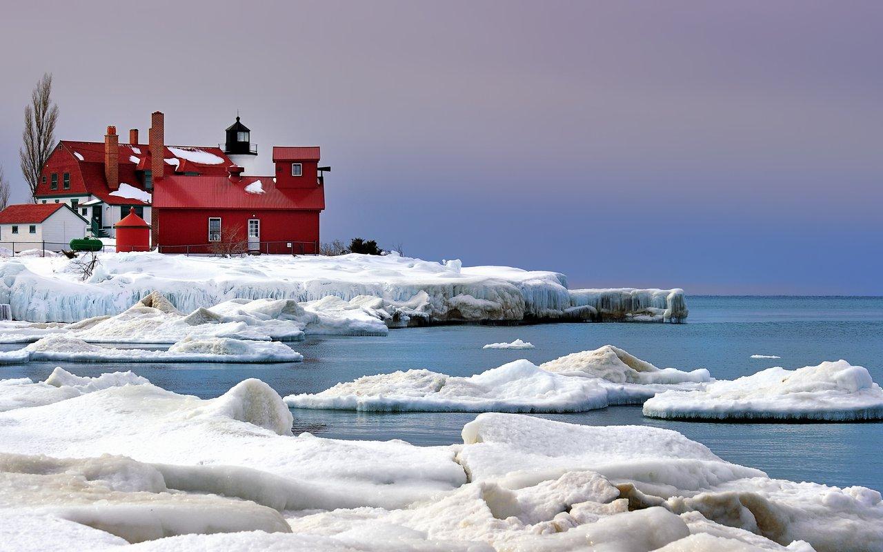 AWAYN IMAGE A Postcard From Point Betsie Lighthouse
