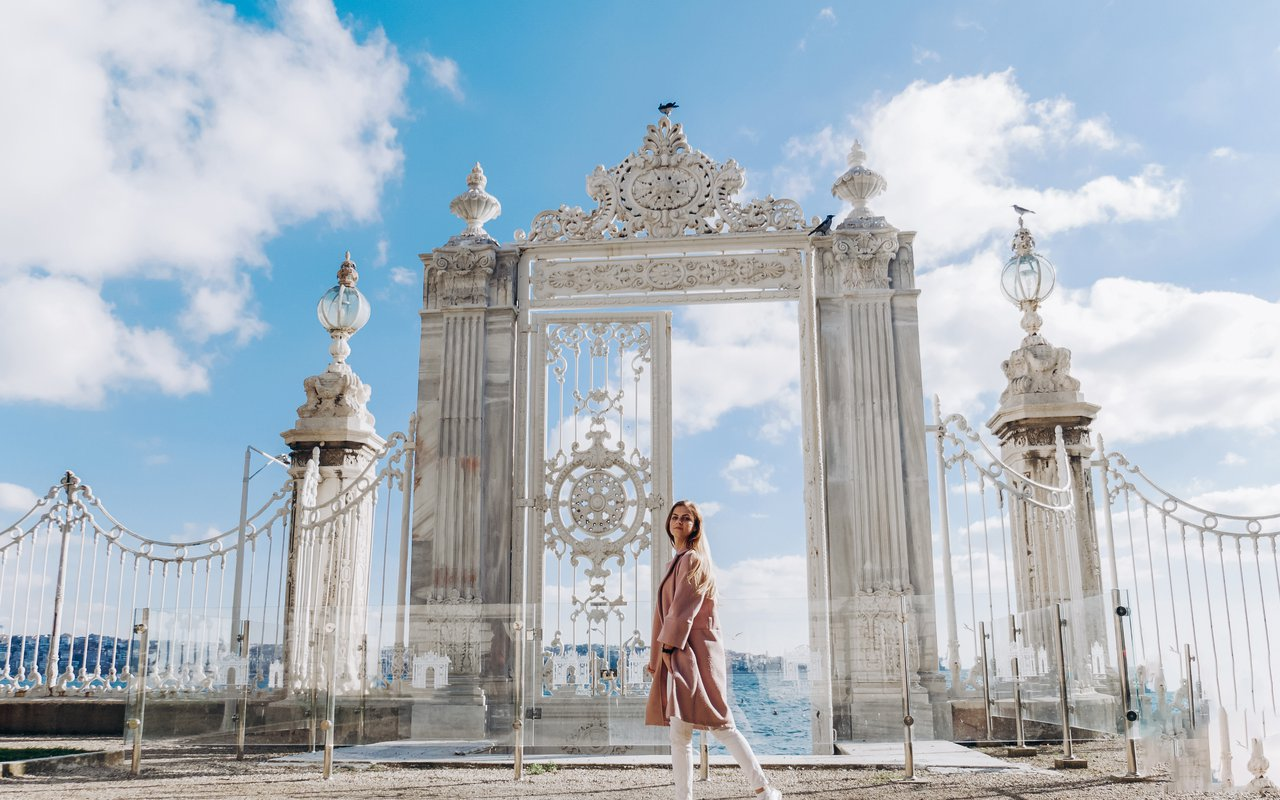 AWAYN IMAGE Explore the Dolmabahce Palace in Istanbul