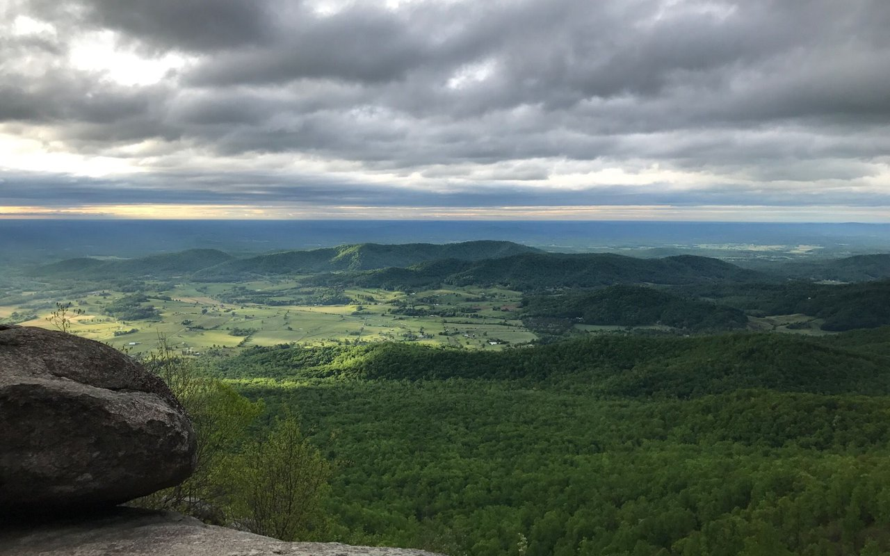 AWAYN IMAGE Old Rag Mountain