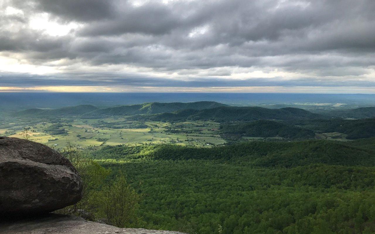 AWAYN IMAGE Old Rag Mountain