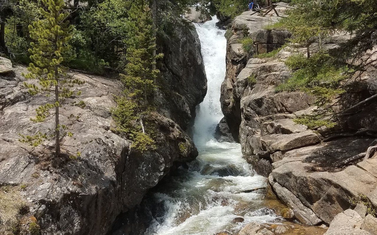 AWAYN IMAGE Chasm Falls Trail