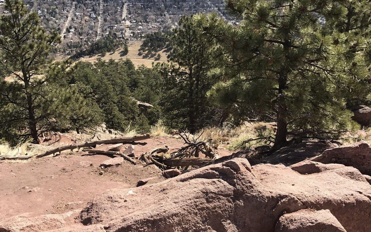 AWAYN IMAGE Mount Sanitas Hike trail