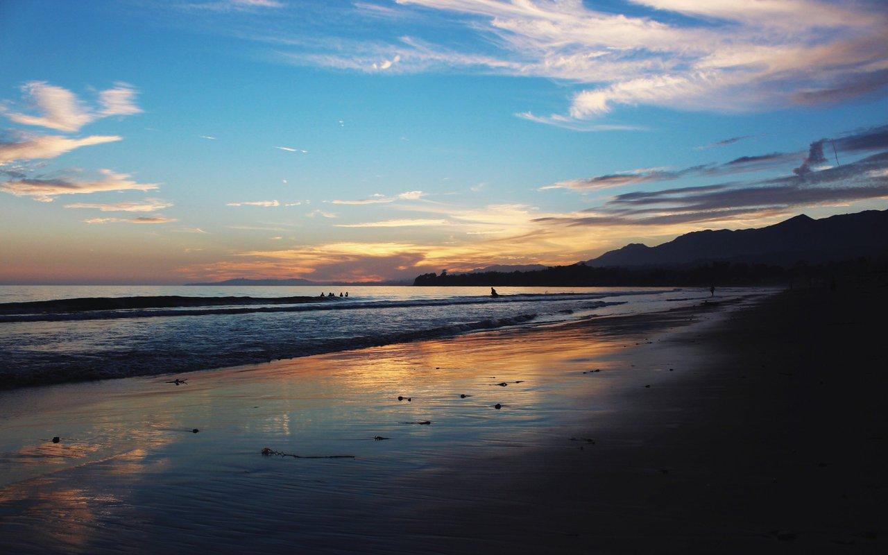 AWAYN IMAGE Biking along the Butterfly Beach