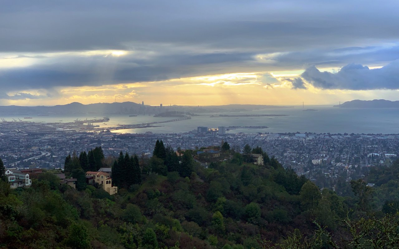 AWAYN IMAGE Capture Bay Area Scenic Grizzly Peak Vista