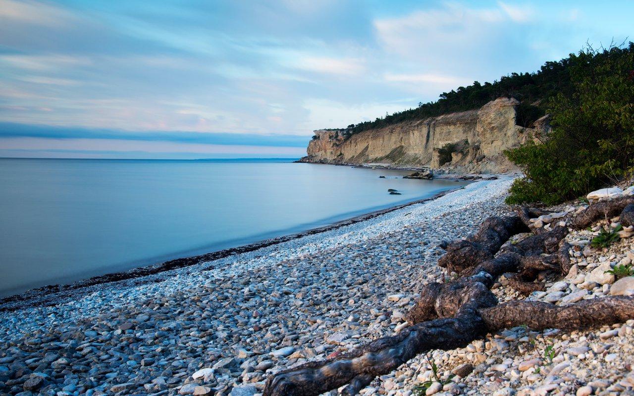 AWAYN IMAGE Högklint cliffs, Sweden