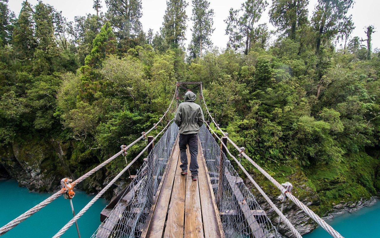 AWAYN IMAGE Hokitika Gorge Walk