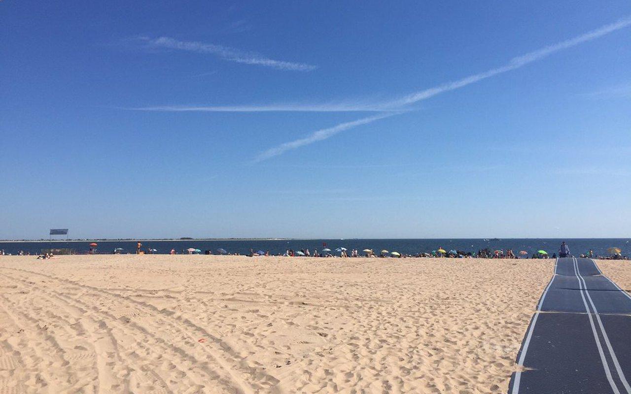 AWAYN IMAGE Brighton Beach