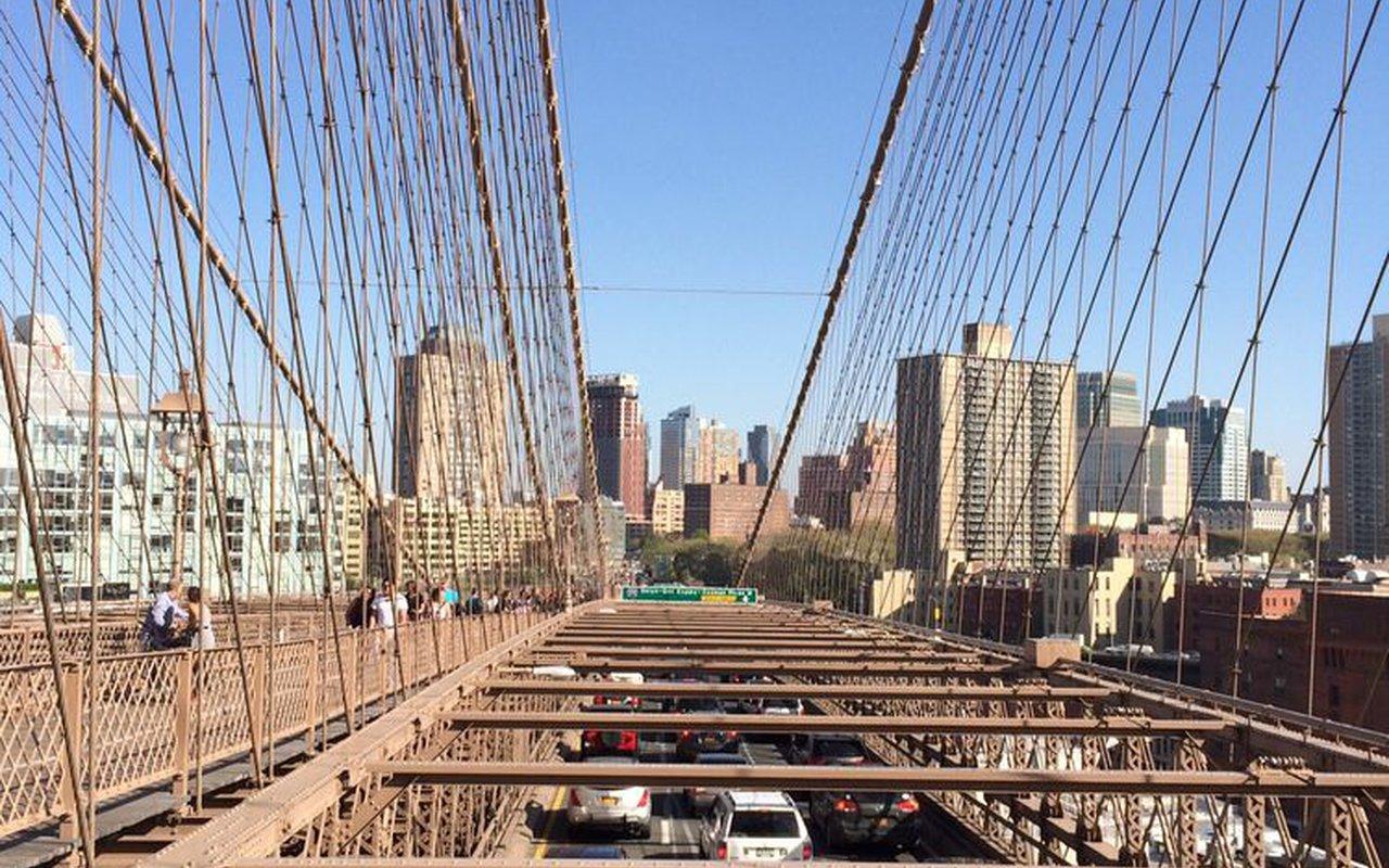 AWAYN IMAGE Brooklyn Bridge