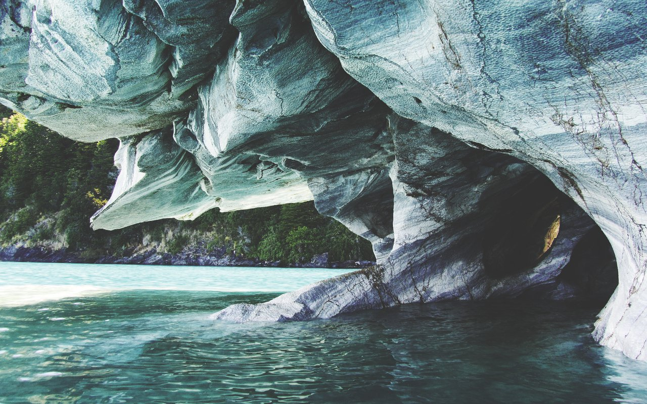AWAYN IMAGE Catedrales de Marmol (marble cathedral) in Chile