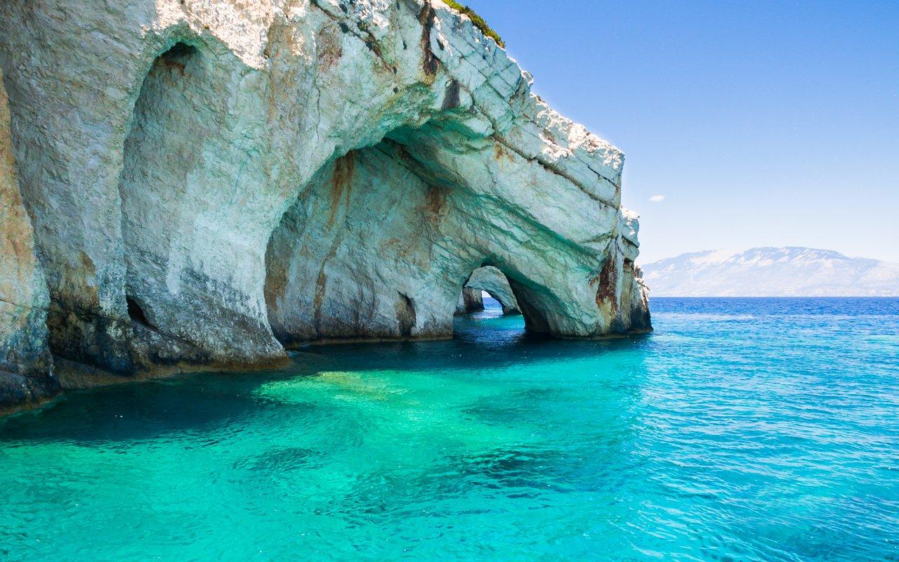 AWAYN IMAGE Cave of Agios Nikolaos