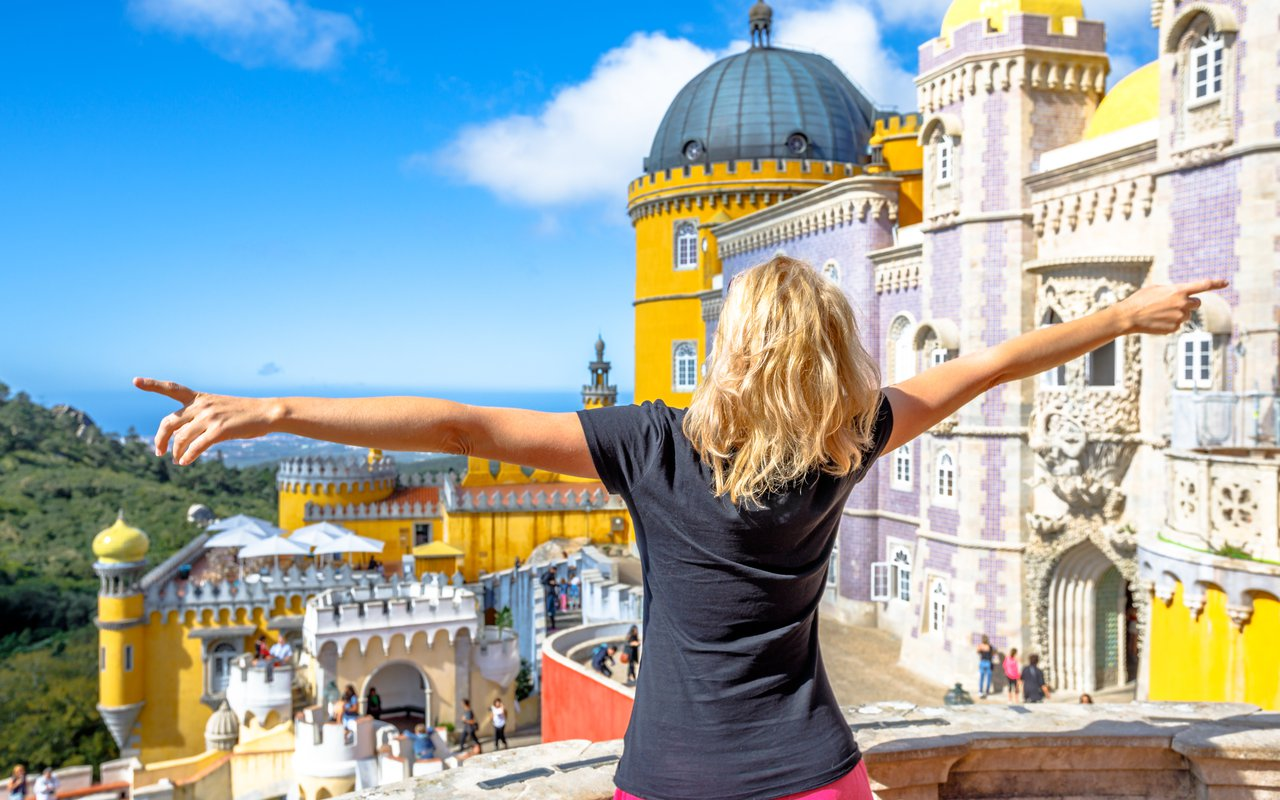AWAYN IMAGE Visit the colorful Pena National Palace