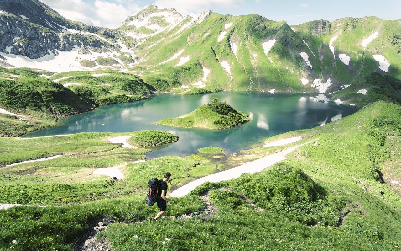 AWAYN IMAGE Lake Schrecksee