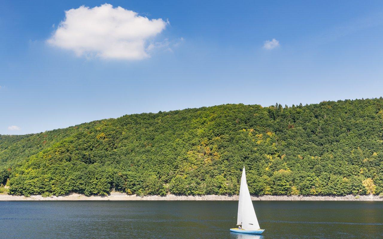 AWAYN IMAGE Lake Rursee