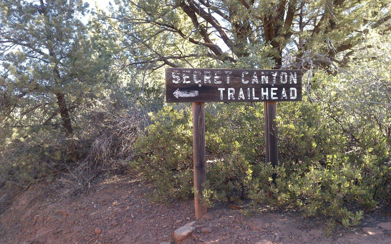 AWAYN IMAGE Secret Canyon Trail