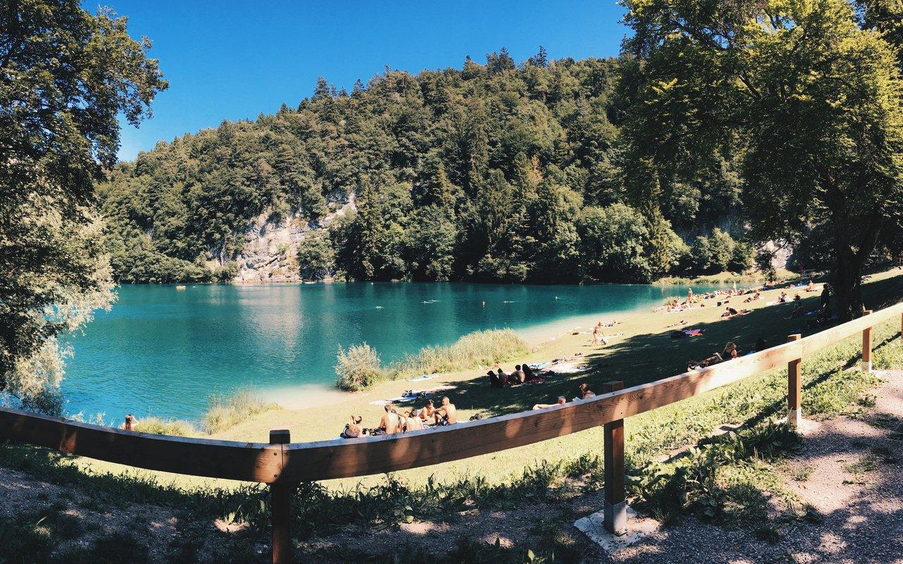 AWAYN IMAGE Hike to Lago Di Lamar