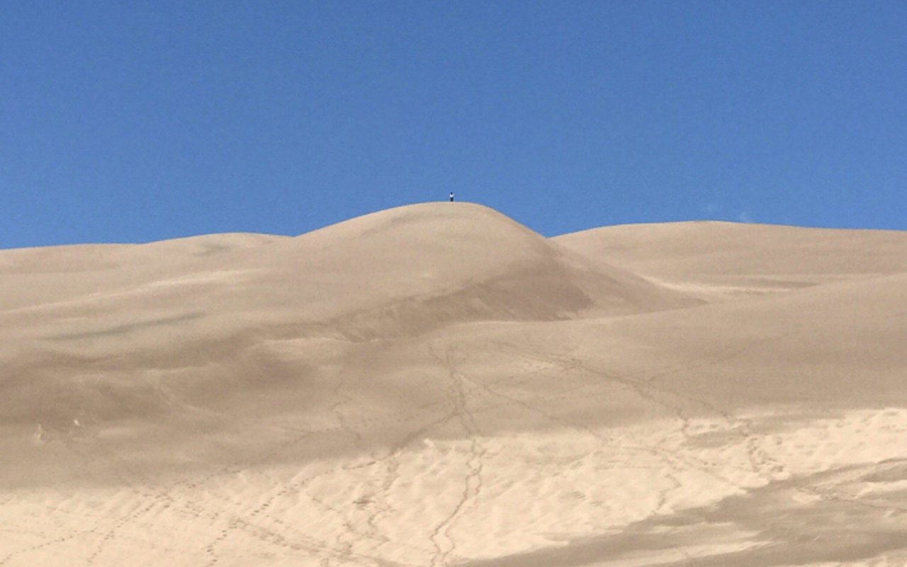AWAYN IMAGE Great Sand Dunes Hike