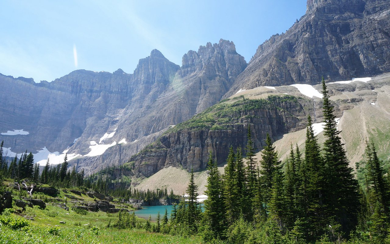 AWAYN IMAGE Grinnell Lake Trail in Glacier National Park