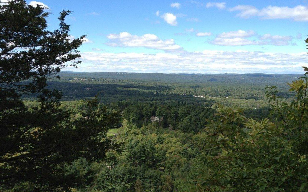 AWAYN IMAGE Hike Penwood State Park