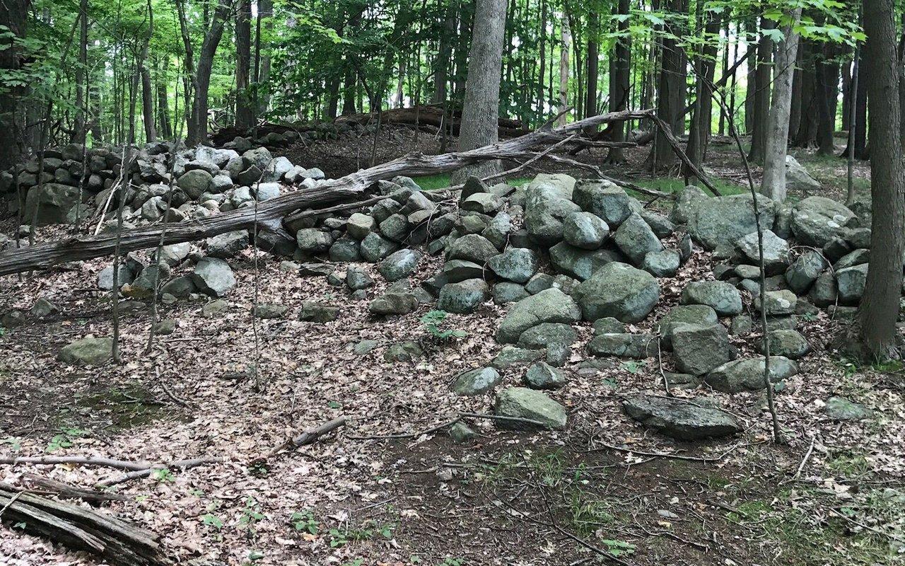 AWAYN IMAGE Hike Breakneck Ridge Trail