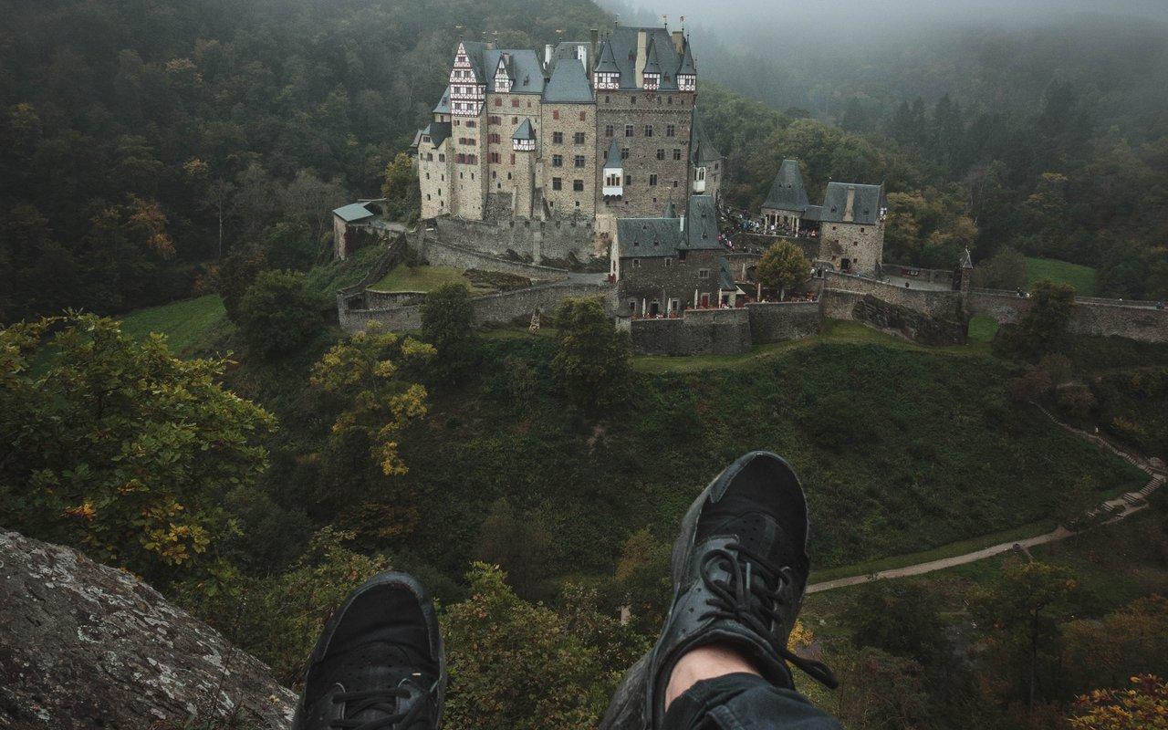 AWAYN IMAGE Burg Eltz Catle, Wierschem, Germany