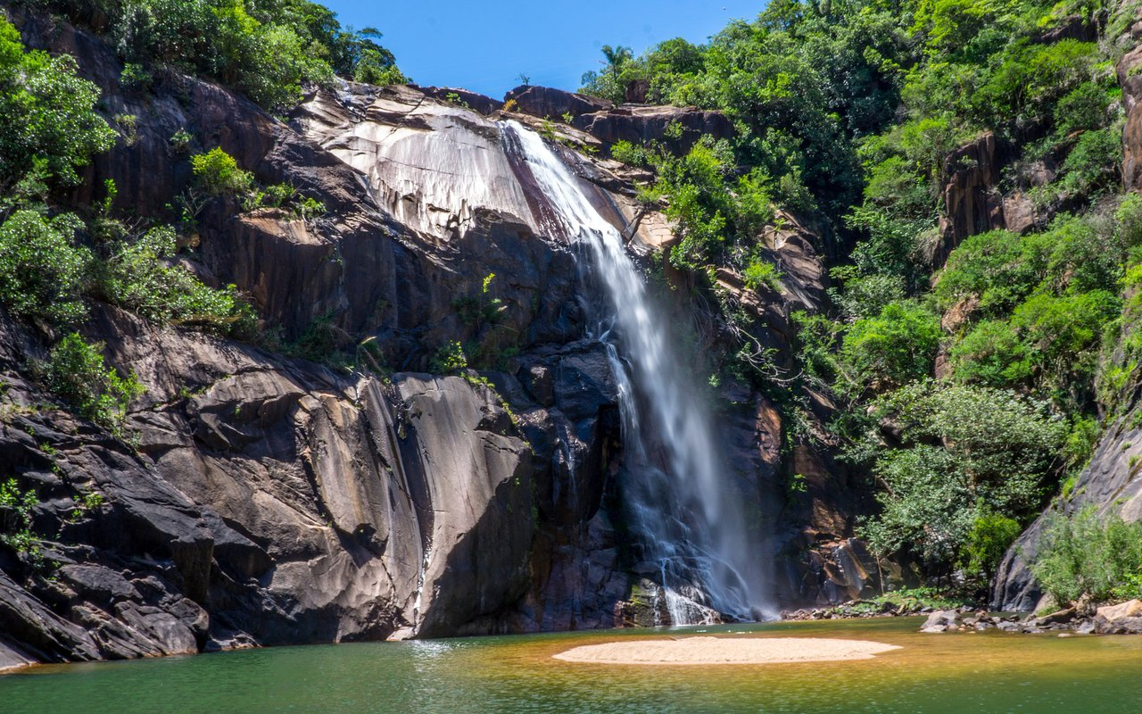 AWAYN IMAGE Hike and bike in Cachoeira São Francisco