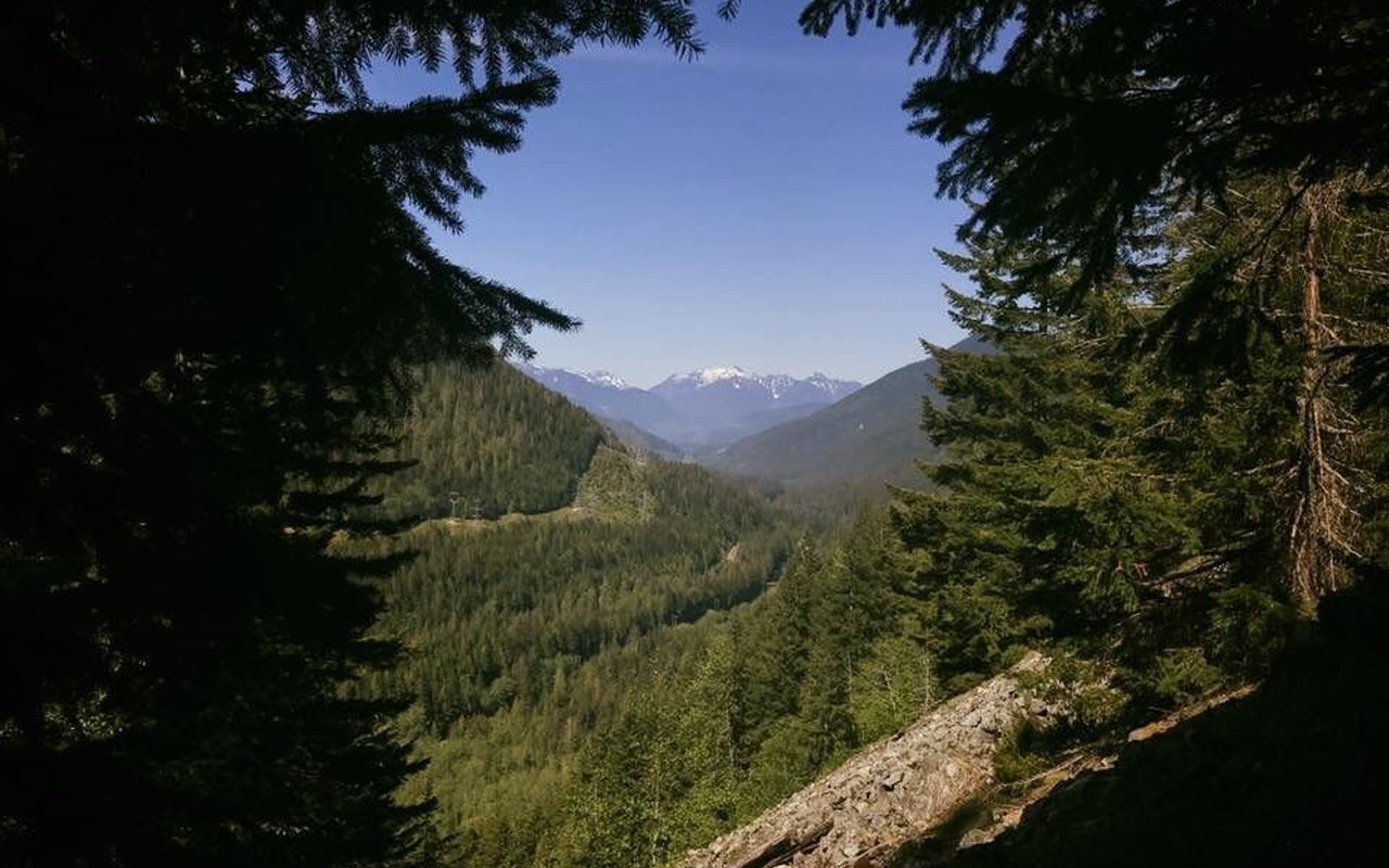 AWAYN IMAGE Iron Goat Trail great for hike or Backpacking