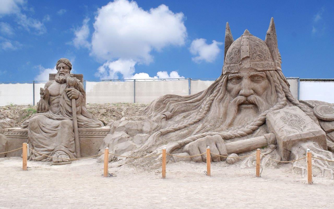 AWAYN IMAGE Photograph the Antalya Sand Sculpture Festival