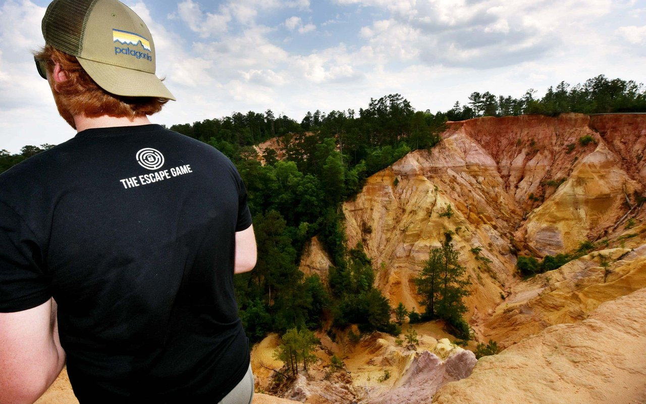 AWAYN IMAGE Red Bluff the Grand Canyon of Mississippi